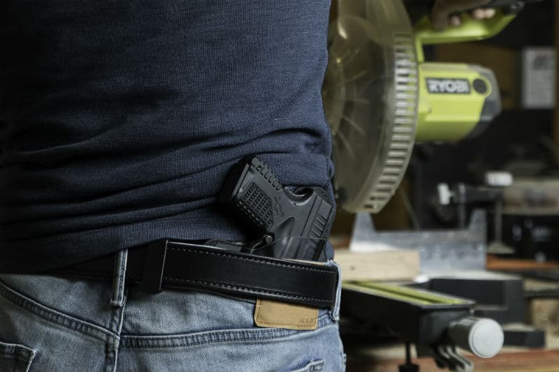 how to carry a gun in your waistband